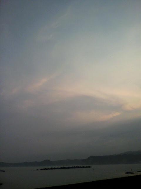 夕暮れの海